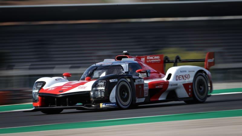 Представлен гибридный гоночный автомобиль Toyota GR010 Le Mans
