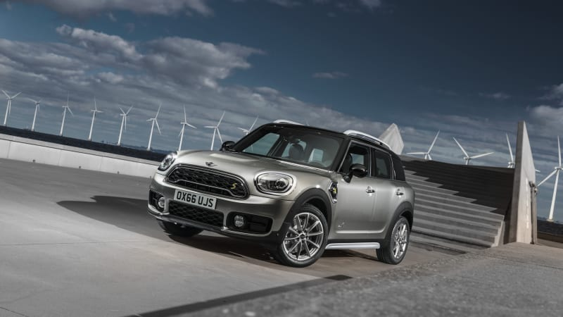 2019 Mini E Countryman Plug-in Hybrid Review | Fuel economy