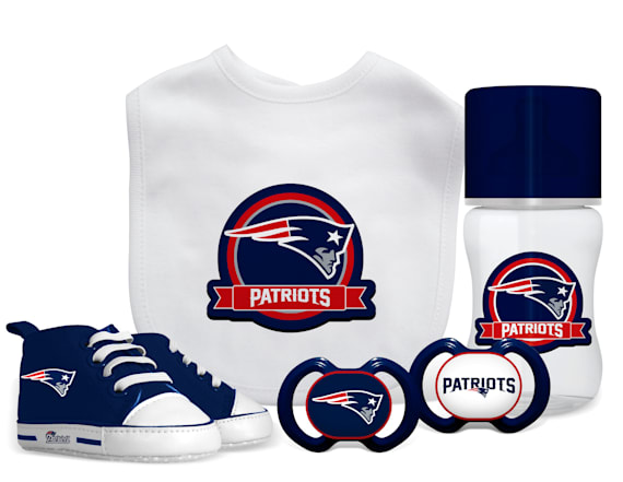 These gift sets are perfect for expecting NFL fans