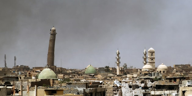 LamosquéeAl-Nouriet le minaret penché Al-Hadba, dans la vieille ville de Mossoul, le 24 mai.
