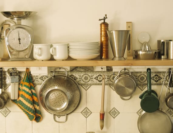 10 kitchen staples that every house needs