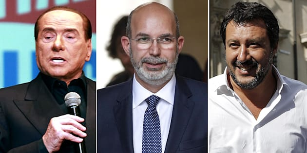 Il sottosegretario all'Editoria Vito Crimi lascia Palazzo Chigi al termine del giuramento dei neo sottosegretari, Roma 13 giugno 2018. ANSA/GIUSEPPE LAMI