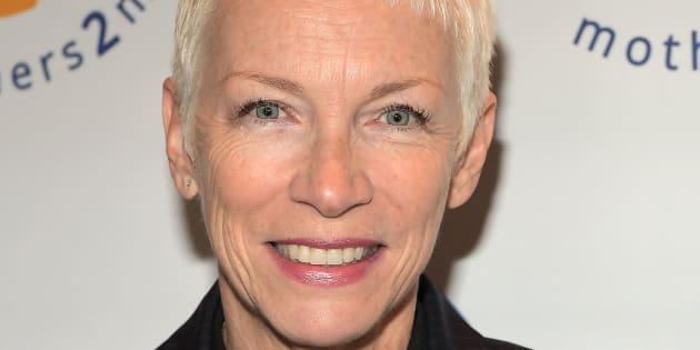 """Annie Lennox recrutée par une radio de Los Angeles qui pense qu'elle a du """"talent"""""""
