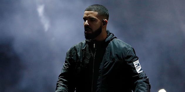 Drake énervé, il stoppe son concert pour dénoncer une agression sexuelle (VIDÉO)