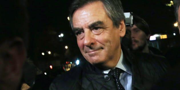 François Fillon arrive à son QG de campagne au soir du premier tour de la primaire de la droite et du centre à Paris, le 20 novembre. REUTERS/Thibault Camus/Pool