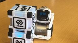 On a testé le robot Cozmo, un Wall-E qui veut s'inviter sous votre sapin pour