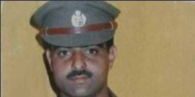 Police officer stripped naked, stoned to death outside mosque in Srinagar