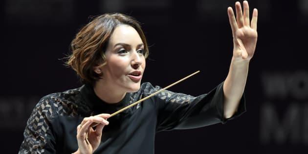 Alondra de la Parra, une trop rare femme chef d'orchestre.