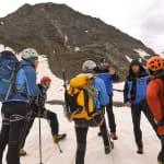 Au Mont-Blanc, insultes, coup de poing et faux guides: le cri d'alarme du maire de