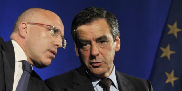 Eric Ciotti et François Fillon, lors d'une réunion de l'UMP en 2011.