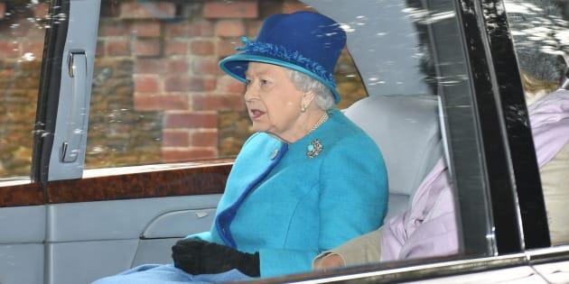 Brexit - Piano per evacuare la regina in caso di disordini