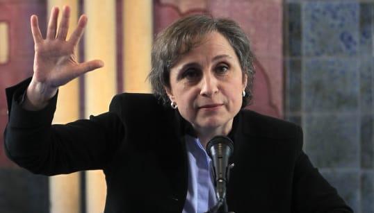 Carmen Aristegui regresó a la radio y así la recibieron en redes
