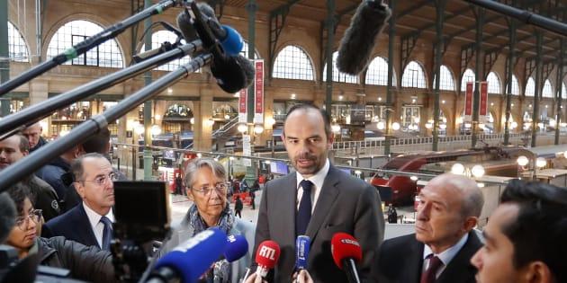 Réforme de la SNCF : Macron promet d'aller