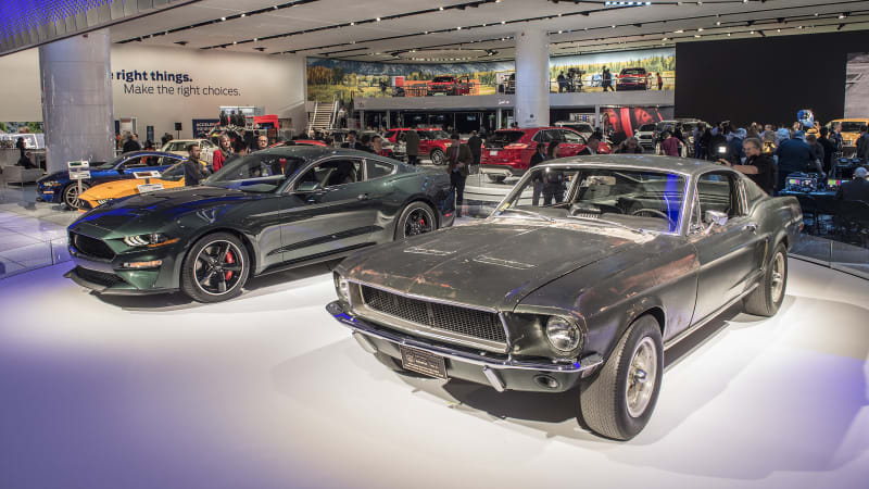 The Original Bullitt Mustang Has Been Found Returns Next To 2019 Ford Mustang Bullitt Autoblog