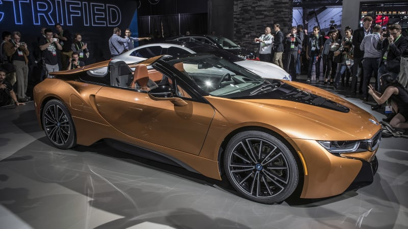 2019 bmw i8 roadster debuts along with updated i8 coupe autoblog. Black Bedroom Furniture Sets. Home Design Ideas