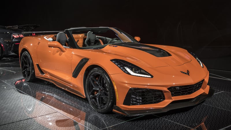 gm reveals starting prices for 2019 corvette zr1 at the l a auto show autoblog. Black Bedroom Furniture Sets. Home Design Ideas
