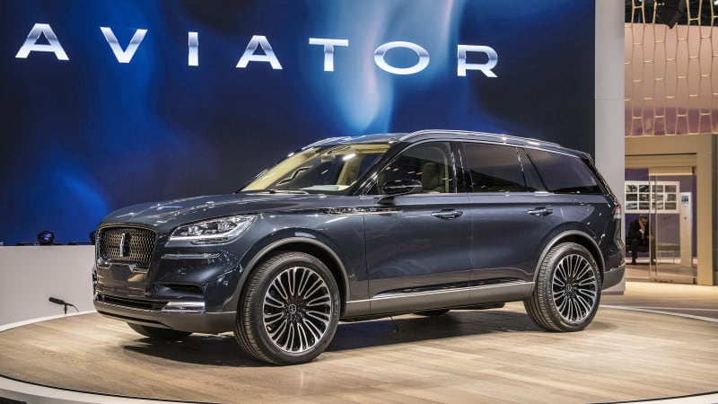 Lincoln Aviator Previews Sleek And Ful Three Row Crossover Autoblog