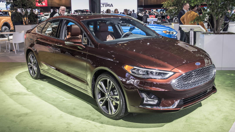 Bad Credit Car Dealers >> 2019 Ford Fusion gets revised styling, standard Co-Pilot360 safety tech - Autoblog