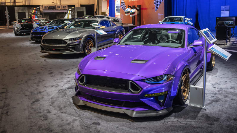 Las Vegas The 2018 Sema Show Returned With All Of Its Usual Aftermarket Insanity Everything From Forward Looking Ev Drag Cars Like Latest Copo Chevy