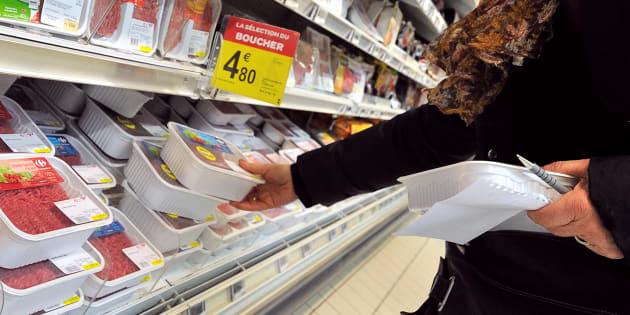 Des steaks hachés commercialisés chez Leclerc, Auchan, Intermarché et Super U rappelés.