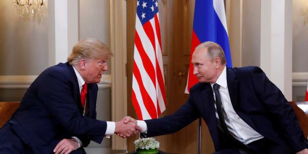 """Trump attribue les tensions entre Washington et Moscou aux """"stupidités des États-Unis"""""""