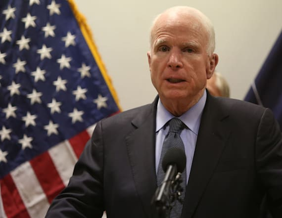 McCain's cancer diagnosis led senators to pray