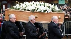#FOTOS: Así se vivió último adiós a Stephen Hawking en