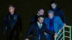 L'ex-président Lula s'est finalement rendu à la police et a passé sa première nuit en