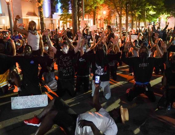 Atlanta mayor: Protesters should get test for virus