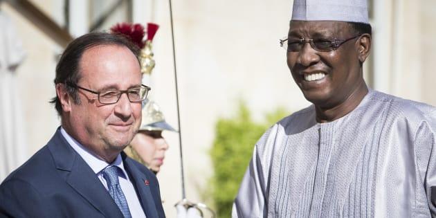 François Hollande et le président tchadien Idriss Deby, à Paris, le 20 août 2016.