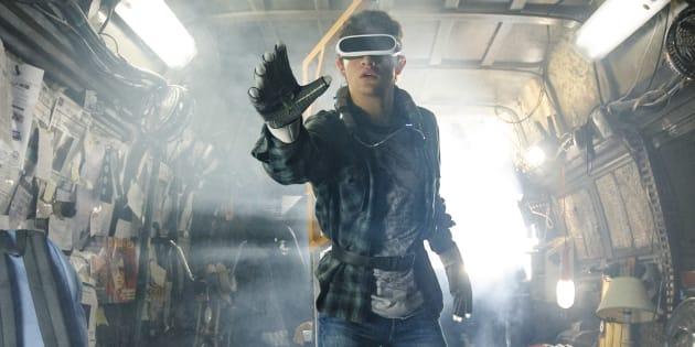Dans l'adaptation du roman d'Ernest Cline, Tye Sheridan est Wade Watts et passe le plus clair de son temps dans un monde virtuel où tout est possible: l'OASIS.