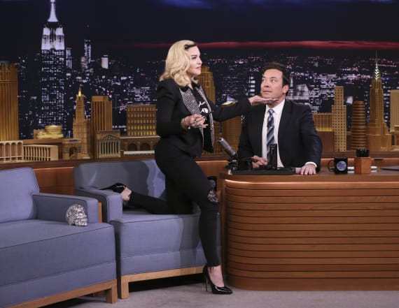Madonna does a Kardashian impression