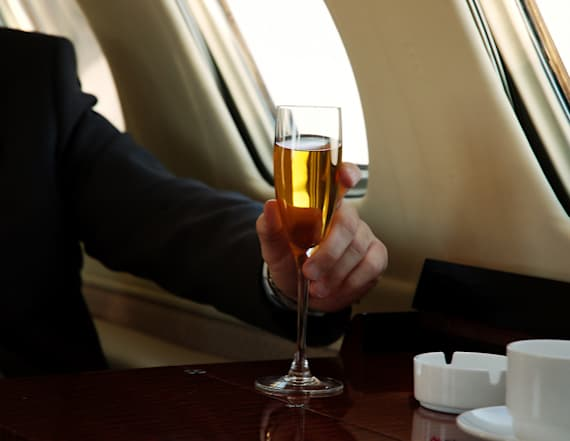 Passenger sues airline for serving him wrong drink