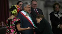 """No solo Venezuela, México también tuvo un presidente """"legítimo"""" y uno"""