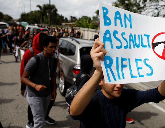 US colleges won't reject students who protest guns