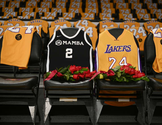 Kobe Bryant fans keep making mistake at gravesite
