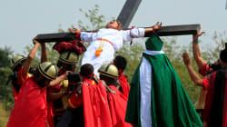 Les sanglantes crucifixions du Vendredi Saint aux