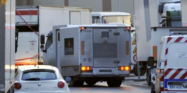 Un convoyeur de fonds livre plusieurs millions de francs suisses pour libérer sa fille (Image d'illustration).