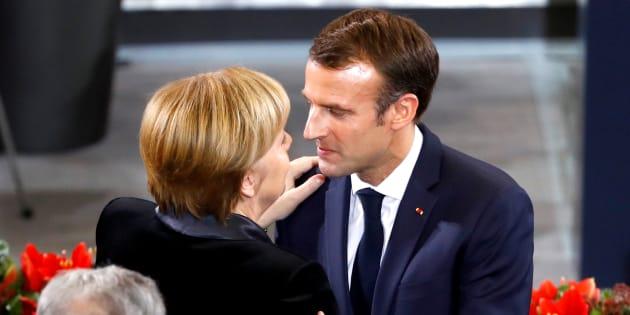 Au Bundestag allemand, Emmanuel Macron a appelé Angela Merkel à réformer l'Europe face au risque de chaos mondial.