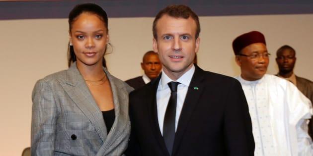 Emmanuel Macron et Rihanna à Dakar le 2 février.