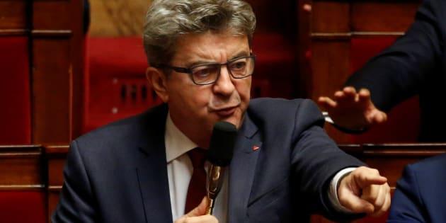 """Mélenchon (ici à l'Assemblée nationale) appelle ses partisans à """"pourrir"""" les journalistes de Franceinfo, qui s'alarment"""