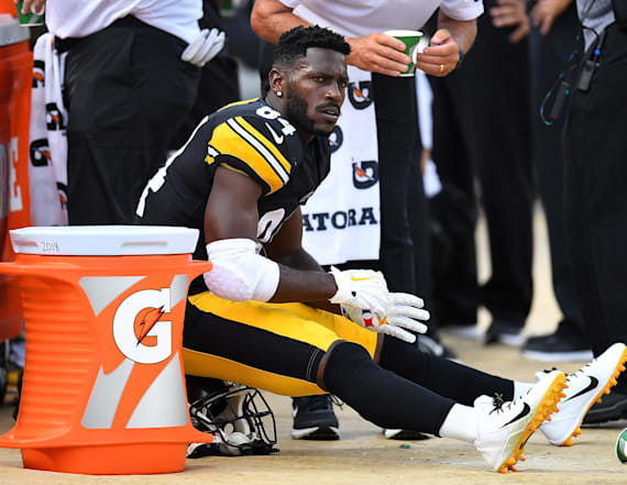 Steelers' Brown didn't report to work on Monday