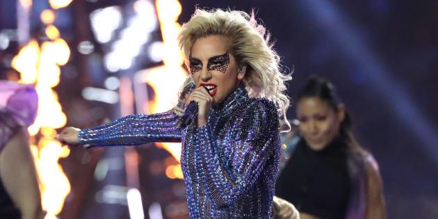 Lady Gaga a tenu promesse pour la mi-temps du Super Bowl 2017