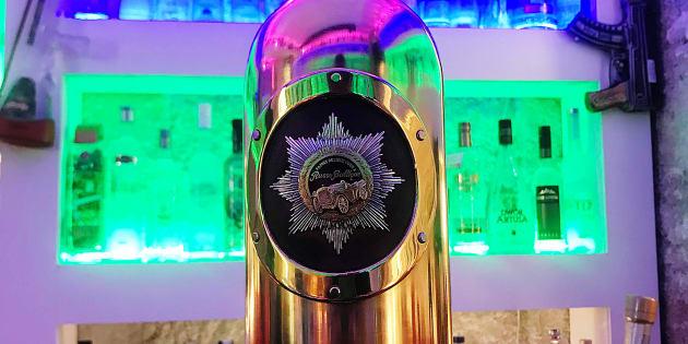 """La bouteille de vodka la plus chère du monde qui a servi dans """"House of Cards"""" a été volée"""