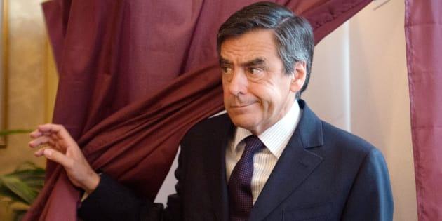 Les proches de François Fillon s'inquiètent de l'information sur l'emplacement des bureaux de vote de la primaire.