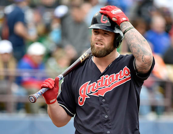 Mike Napoli suffers torn ACL that may end his career