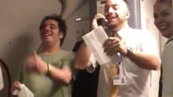 Este tripulante de cabina versiona 'Despacito' de Luis Fonsi y lo convierte en 'Doce