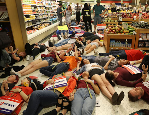 Parkland shooting survivors hold 'die-in' at Publix