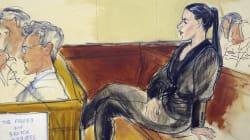 Emma Coronel presuntamente metió un teléfono móvil en la corte donde juzgan al