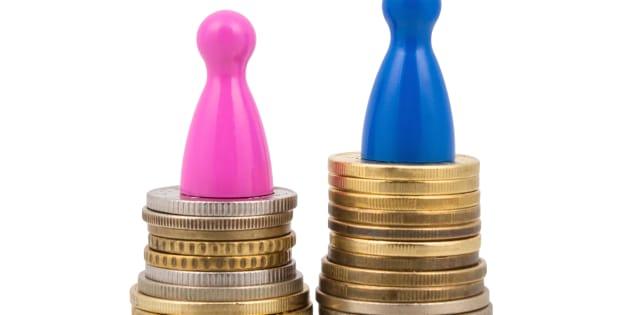 Bankitalia, è ancora alto il gap di ricchezza tra uomini e donne